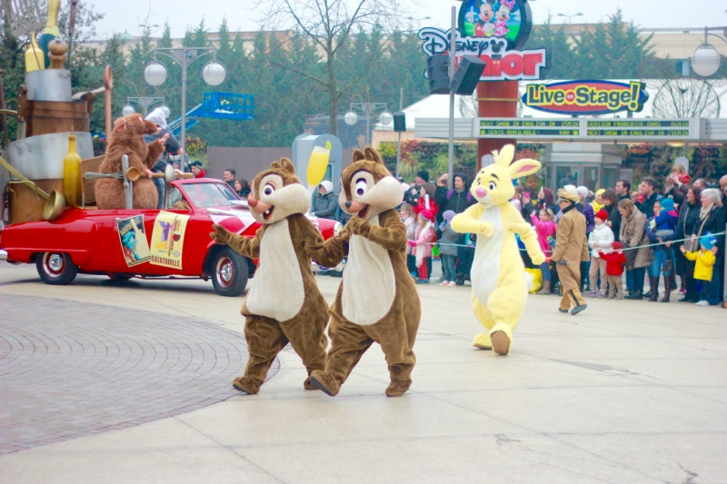 Disneyland Paris – Meeting the characters
