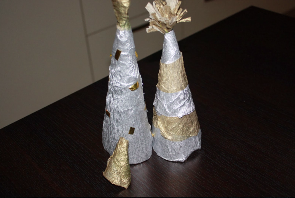 Making Crepe Paper Christmas Trees
