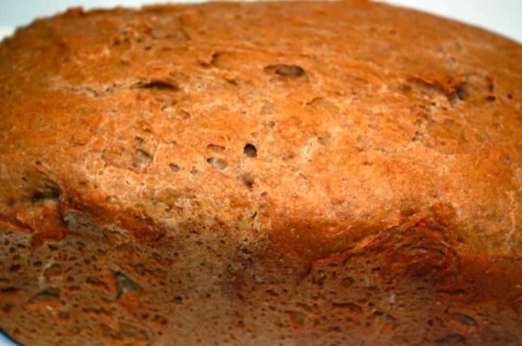 Baking: Dark and Rye Flour Bread